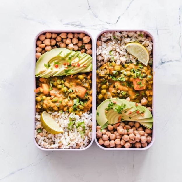 Vegan cooking with beans and avocado