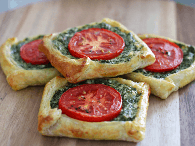 Spinach and Feta Galettes. A recipe by It's Not Complicated Recipes.