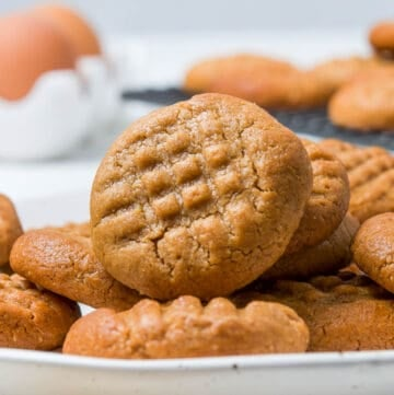 up close shot of cookies on a plate.